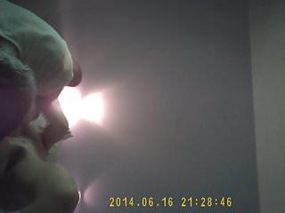 ma femme fait jouir un pote camera cachee