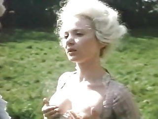 Download video bokep L'Initiation d'une Jeune Marquise - part 1 of 2 - BSD Mp4 terbaru