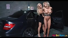 Parking garage Pussies