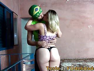 Download video bokep Sexo com o primo bem dotado Mp4 terbaru