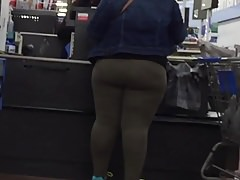 Black phat booty hips bbw in spandex Thumbnail