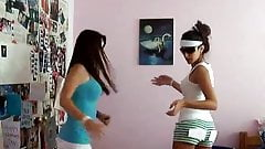 2 Hot Teen Babes sexy Dance - What what in the butt