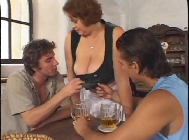 Huge Big Tits Petra Barmaid Free Huge Tits Tube Porn Video Fr