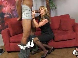 Beautiful cougar mom Shayla fucks BBC