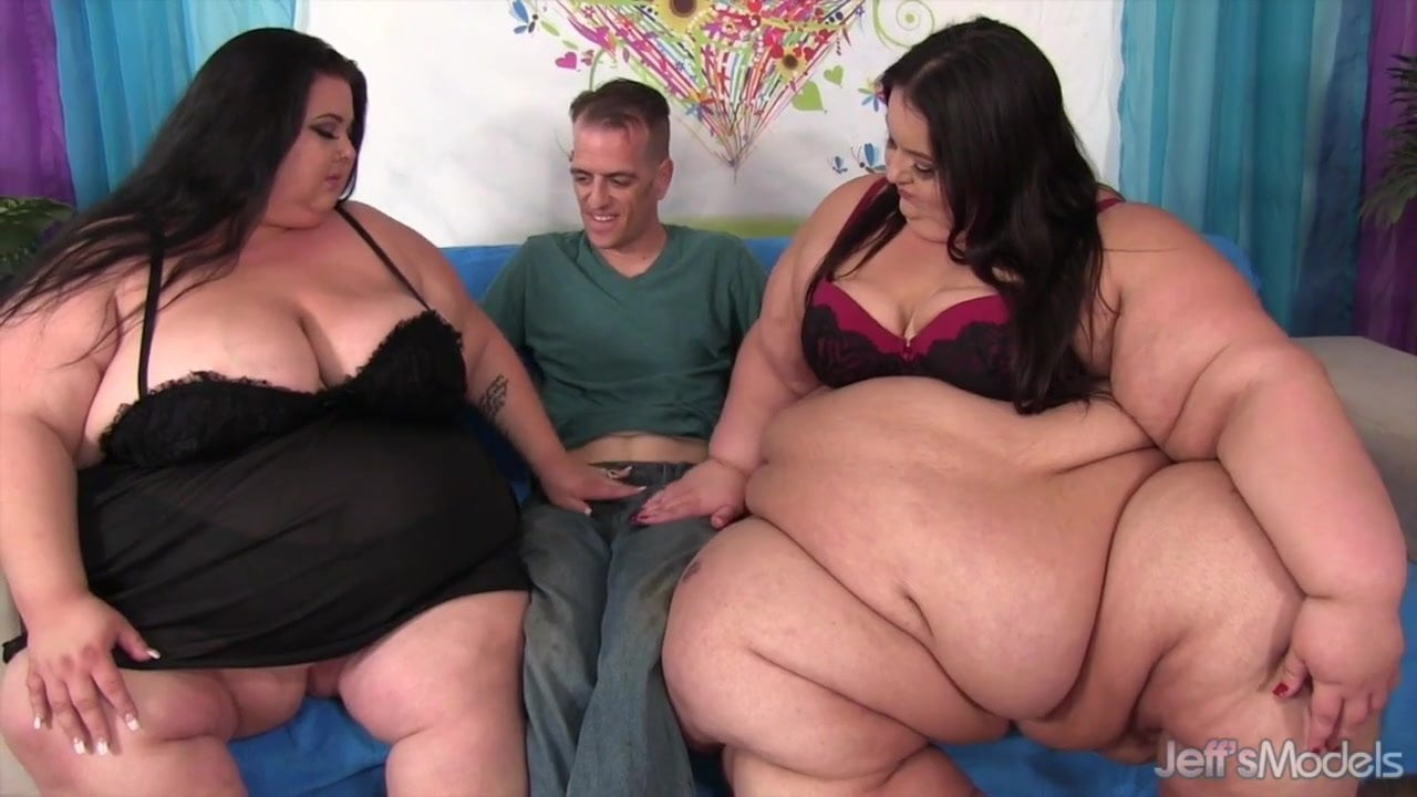 Inviting apple bomb into a ssbbw threesome