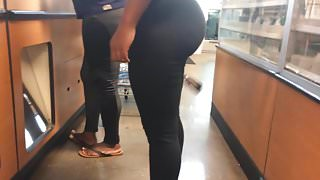 Perfect Bubble Booty Teen Daughter & MILF VPL