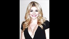 Holly Willoughby's Thumb