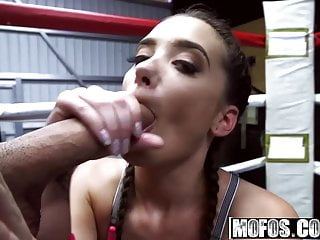 Gia Paige - Boxing Brunette Fucks in the Ring - Pervs On Pat