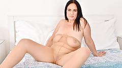 Euro milf Ria Black loves wearing pantyhose without panties