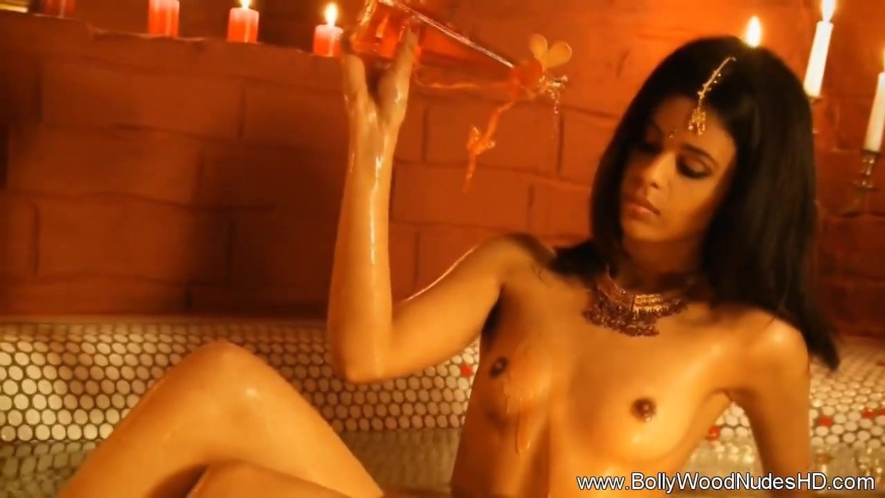 Sensuous Indian Lover Bare And Attractive