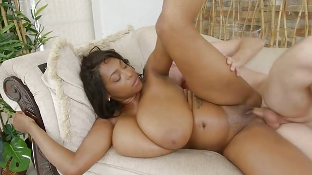 Preview 1 of Reality Kings - Rachel Raxx Them Thangs