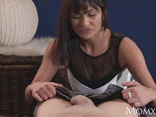 Download video bokep MOM Feisty MILF creampied in lingerie and heels Mp4 terbaru
