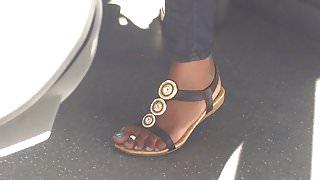 Hidden cam sexy ebony feet on train