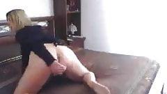 Italian Milf masturbate for me...pussy and anal dildo