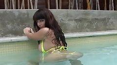 Sophie Dee Pool Masturbation