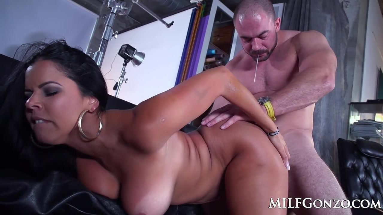 Free download & watch milfgonzo busty brunette diamond kitty taking it up the ass         porn movies