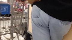 Dump ass granny in stonewash jeans 2
