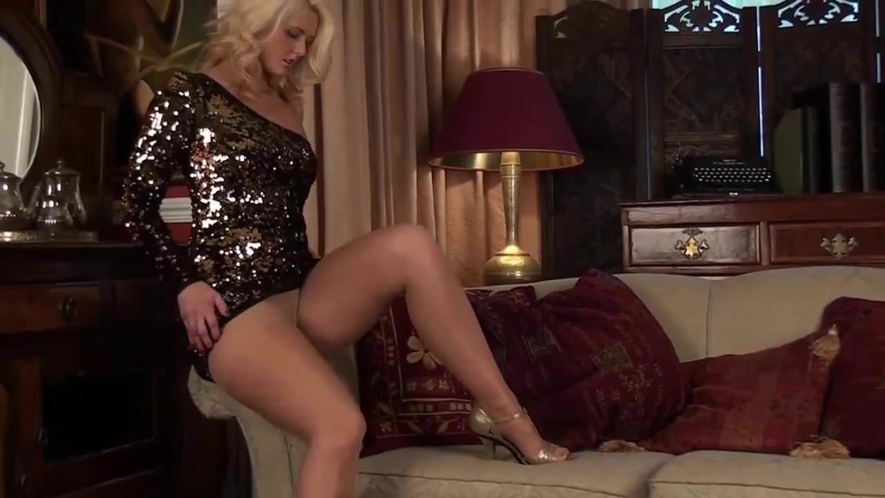 free download & watch classy milf in sheer pantyhose porn movies