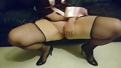 pussy play in heels