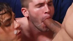Sharing fairly his load in both mouths