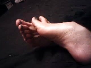 Pinky G's Play with the cum on my feet slave