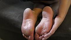 Warm feet in shoes