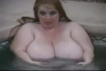 Redhead female stolen nude cellphone pics
