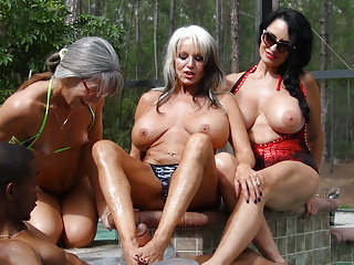 Video bokep online PenisColada - Three Milfs and a Black Cock 3gp