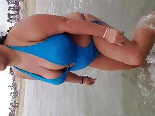 Major boobs on BBW Armenia Milf