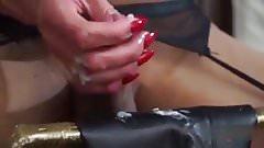 She cum on