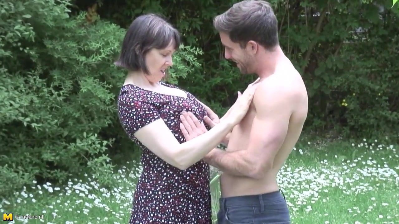Mature Nl Mom Son Outdoor Sex, Free Mom And Son Sex Tube -1256