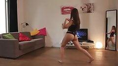 Nena Rica jugando #Wii