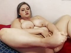 BBW slut poking wet vagina with big sex toy in solo video