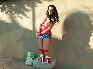 Wonder Woman Vs Batgirl