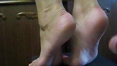 CUM ON SOLES