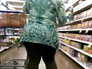 Thick mature MILF ass part 2