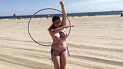 Hoola hoop girl