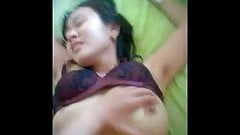 indonesian- tante keenakan