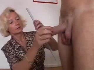 women measuring mens cocks