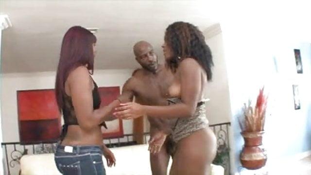 Ebony Milf Daughter Threesome