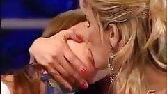 TV Girl on girl kissing ((SEXY AF))