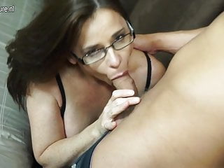 Lucky son licks and fucks hot mature aunty