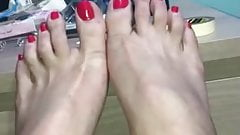 Fucking my sissy pussy and beautiful feet for daddy