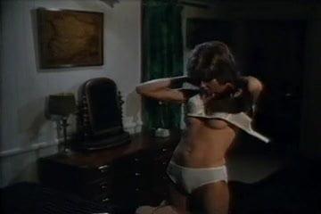 porn mills nude hayley Free