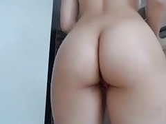 Pale babe big round ass butt riding dildo