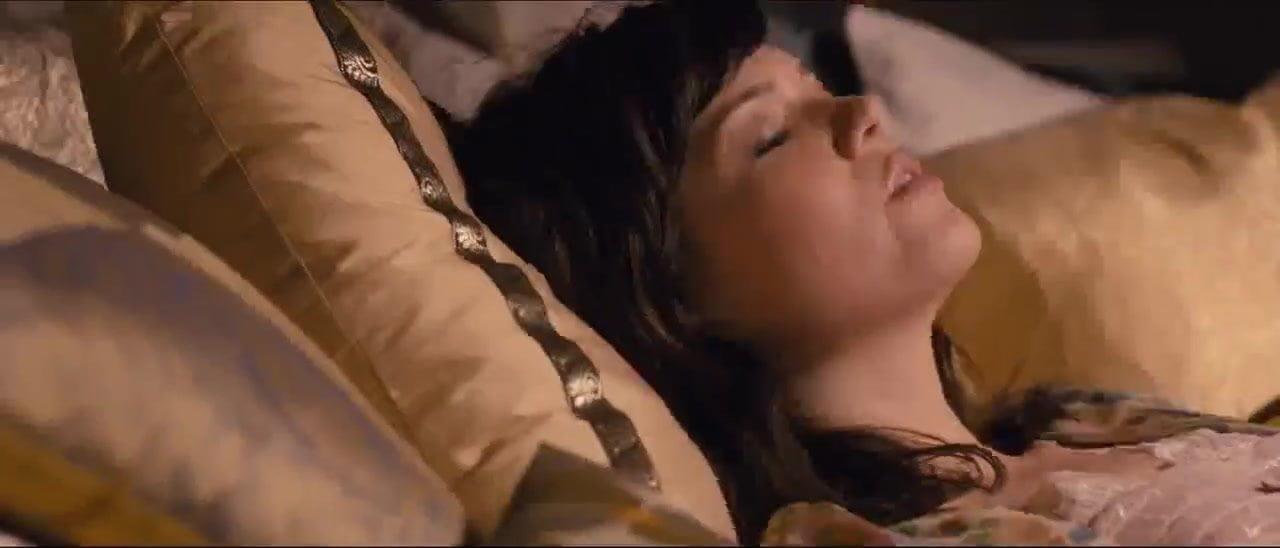 Laura prepon masturbation scene