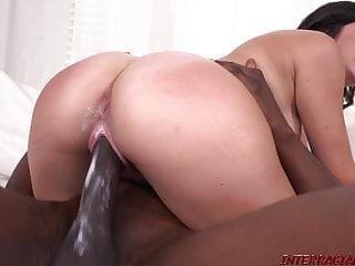 Download video bokep New girl Natalie Brooks rides big black cock Mp4 terbaru