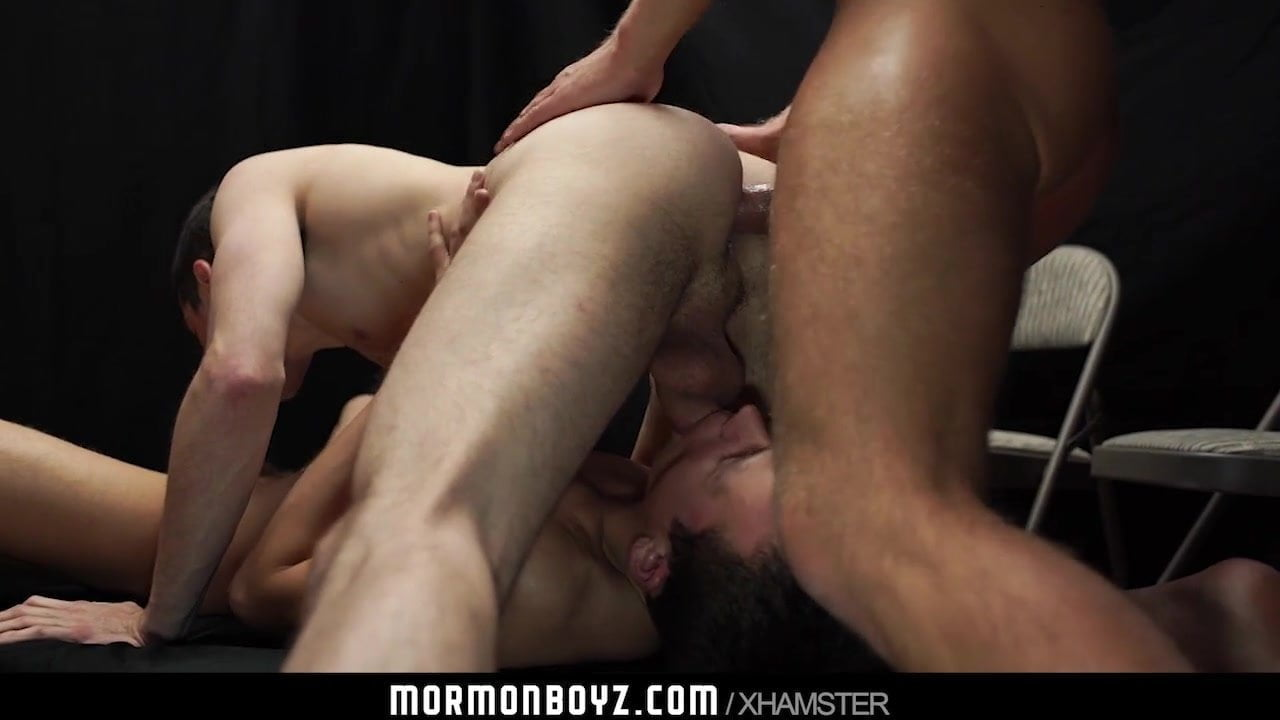 Mormonboyz – Man catches younger boys fucking at church