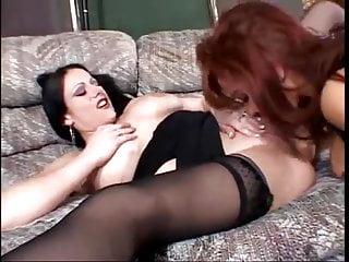 Mature & Lesbians: Sexy Vanessa Bella