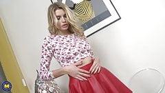 Sexy MILF Karina Grand needs a good fuck